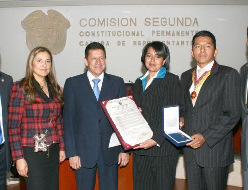 CONGRESO DE LA REPÚBLICA DE COLOMBIA  CONDECORA A CORPORACIÓN VIDA